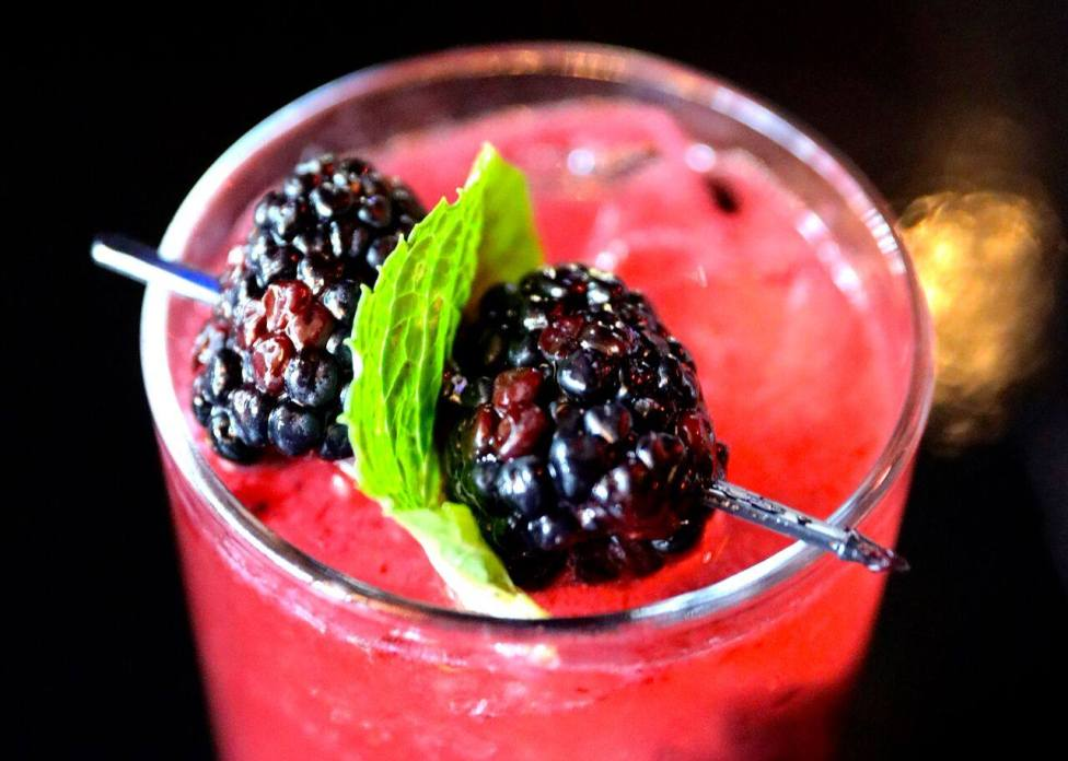 Blackberry Mojito, photo by Marlow's Tavern