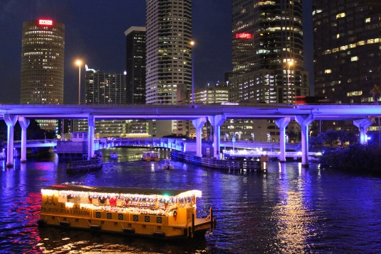 river-of-lights-tampa